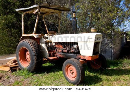 Dirty Old Tractor
