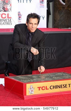 LOS ANGELES - DEC 3:  Ben Stiller at the Ben Stiller Handprint and Footprint Ceremony at Dolby Theater on December 3, 2013 in Los Angeles, CA