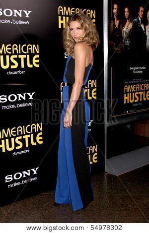 LOS ANGELES - DEC 3:  Dawn Olivieri at the