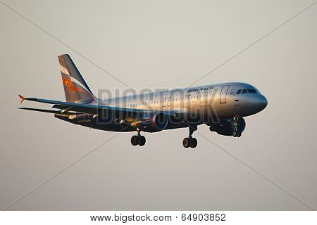 BUDAPEST, HUNGARY - APRIL 7: Aeroflot A320 approaching Budapest Liszt Ferenc Airport, April 7th 2014. Aeroflot is Russia's flag carrier and largest airline.