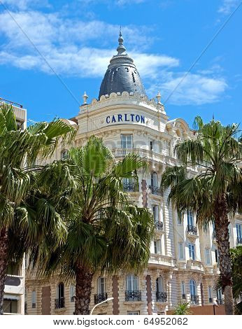 Cannes - Luxury Hotel Carlton
