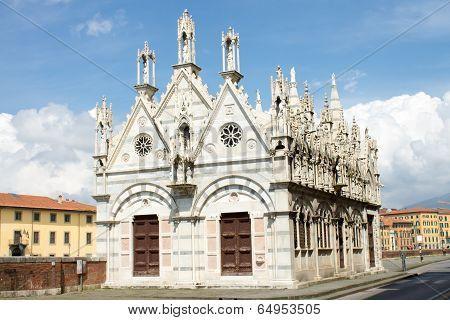 Santa Maria della Spina Church