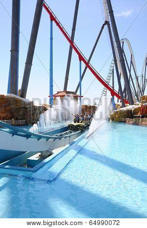 Shambhala, Port Aventura.