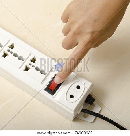 Hand Turn On Switch Multiple  Socket Plug