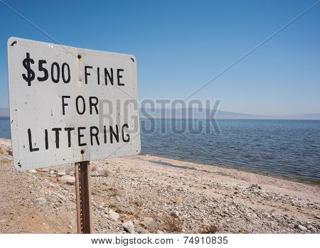 fine for littering sign