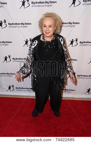 LOS ANGELES - OCT 24:  Doris Roberts at the Big Brothers Big Sisters Big Bash at the Beverly Hilton Hotel on October 24, 2014 in Beverly Hills, CA