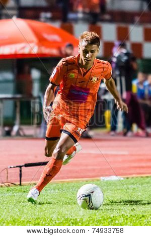 Sisaket Thailand-october 22: Jakkapong Somboon Of Sisaket Fc. In Action During Thai Premier League B