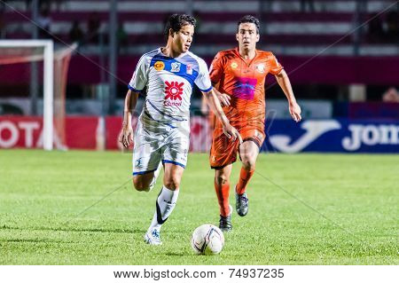 Sisaket Thailand-october 22: Rungroj Sawangsri Of Air Force Central Fc. In Action During Thai Premie