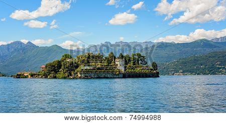 Islad Bella Maggiore Lake