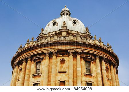 Low angle view of an educational building, Radcliffe Camera, Oxford University, Oxford, Oxfordshire, England