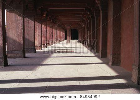 Empty corridor in a palace, Fatehpur Sikri, Agra, Uttar Pradesh, India