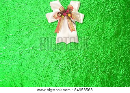 Shiny Green Leaf Gold And  White Ribbon