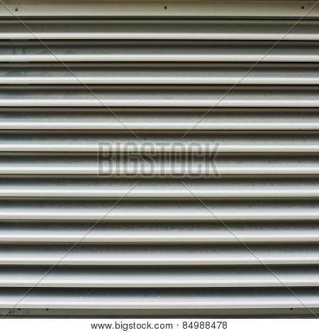 Shopwindow venetian blinds