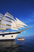picture of messina  - Clipper ship in the sea - JPG