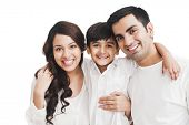 picture of family bonding  - Portrait of a happy family - JPG