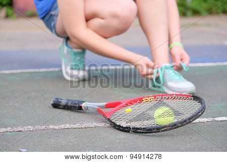 tennis-player knots shoe-laces
