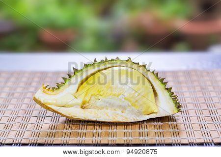 Mon Thong Durian