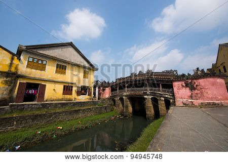 Japanese pagoda (or Bridge pagoda) in Hoi An ancient town in Hoian, Vietnam