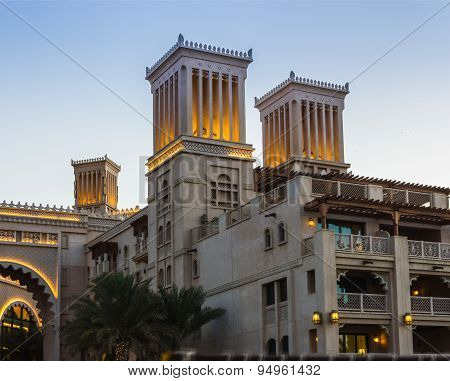 Dubai, Uae - November 15: View Of The  Souk Madinat Jumeirah