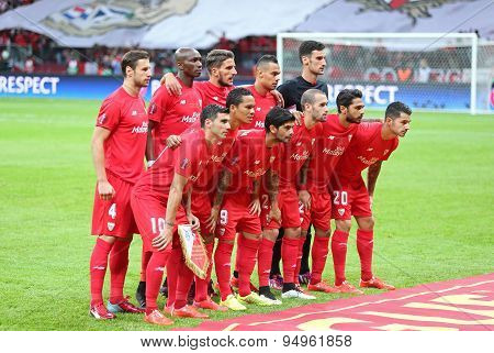 Fc Sevilla Players Pose For A Group Photo