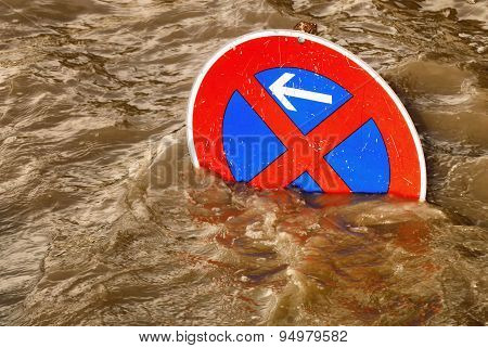 No Parking In The Flood, Humorous Scene