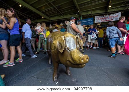 Pig In Pike Place Market