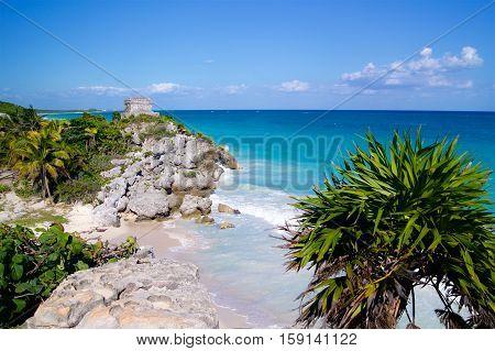 Tulum ruins on seaside Mexico Caribbean sea