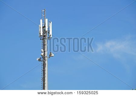 Transmitter Antenna Over Blue Sky For Mobile Connection