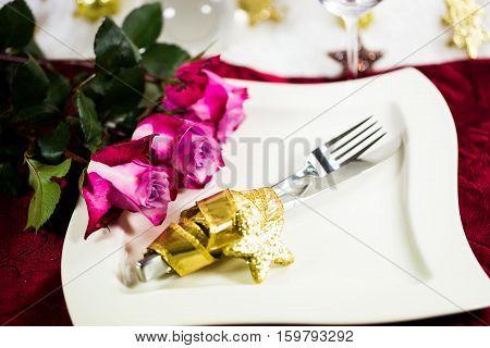 Christmas invitation plate cutlery roses, eating, festive