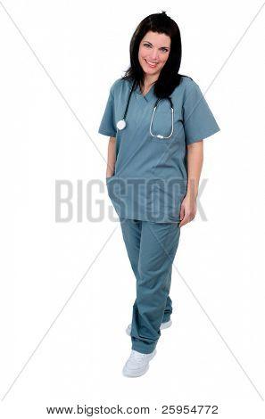 Mujer enfermera usando Hospital friega completas, aislado en blanco