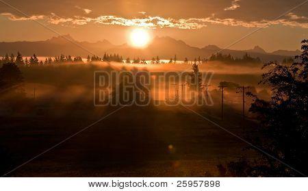 Sonnenaufgang Landschaft über 3 Schwestern oder 3 Finger Mountain Washington
