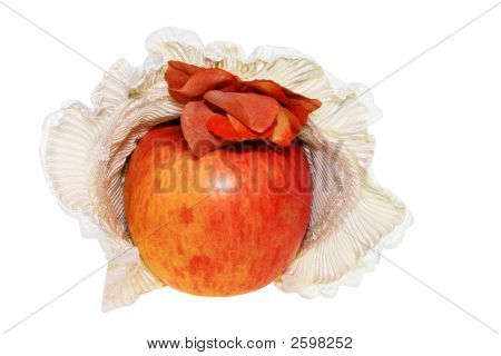 Apple  In Feminine Hat