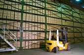 picture of supply chain  - Truck in the warehouse - JPG
