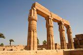 Постер, плакат: Столпы в храм Амон ре Harakhty Карнак Луксор Египет