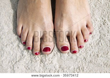 Red Toenails
