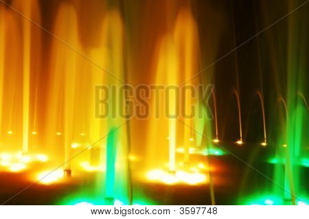 Night Colorful Fountain Light Show