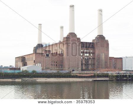 London Battersea powerstation