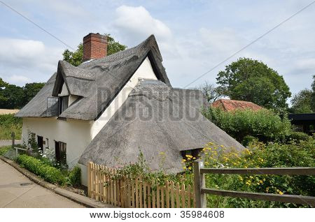 Bridge cottage flatford