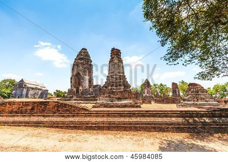 Wat Phra Sri Rattana Mahathat Historical Park