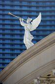 foto of angel-trumpet  - An angel on top of Caesar - JPG