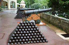 foto of cannon-ball  - Cannon and cannon balls near Royal Palace in Monaco - JPG