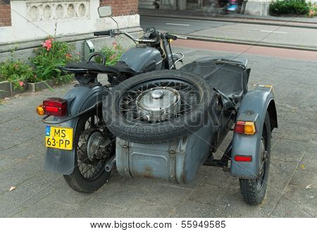 Motor With Sidecar