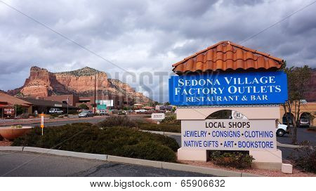Sedona, Arizona - February 04, 2014: Visitors Enjoy The Local Merchants Offering Everything From Loc