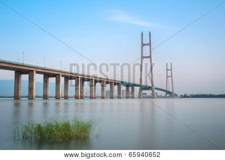 Jiujiang Yangtze River Cable Stayed Bridge