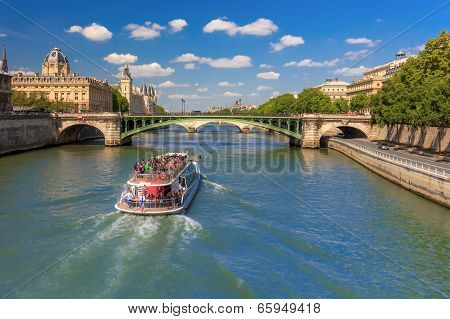 River Seine And The Conciergerie In Paris, France