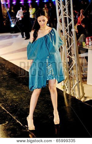 Fashion Show For Dina El Kei Model 21