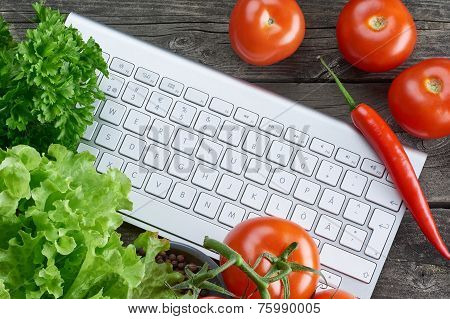 Keyboard And Vegetables. Online Recipe Search.
