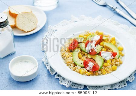 Salad With Quinoa, Red Lentils, Corn, Avocado And Tomato With Yogurt Sauce