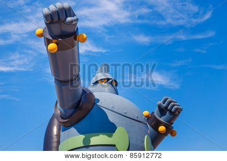 Tetsujin 28 - Go (Gigantor) Monument in Kobe, Japan