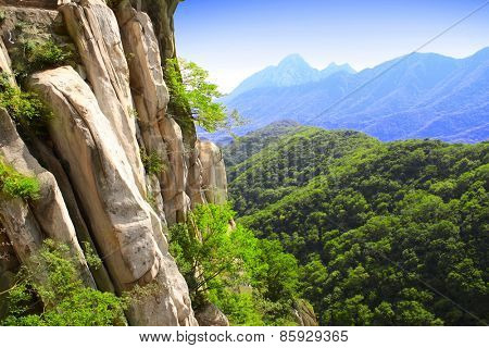 Mountains next to famous Shaolin monastery in China